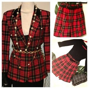 Vintage Sag Harbor red Tartan Plaid shorts suit!